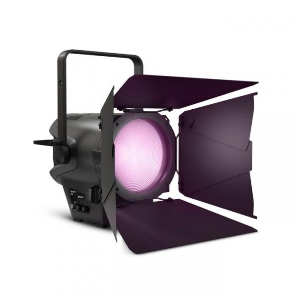 Cameo F2 FC прожектор с линзой Френеля 240W RGBW