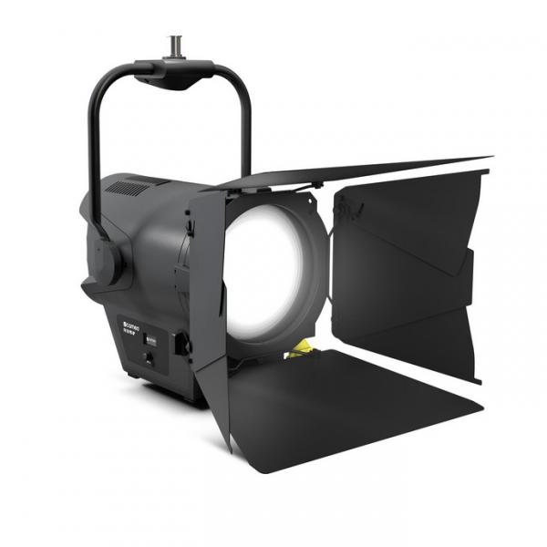 Cameo F4 D PO IP прожектор с линзой Френеля Daylight LED IP65